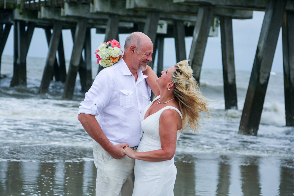 Cheap beach elopement